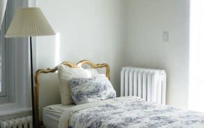 Louer une chambre avec Airbnb ou Booking.com